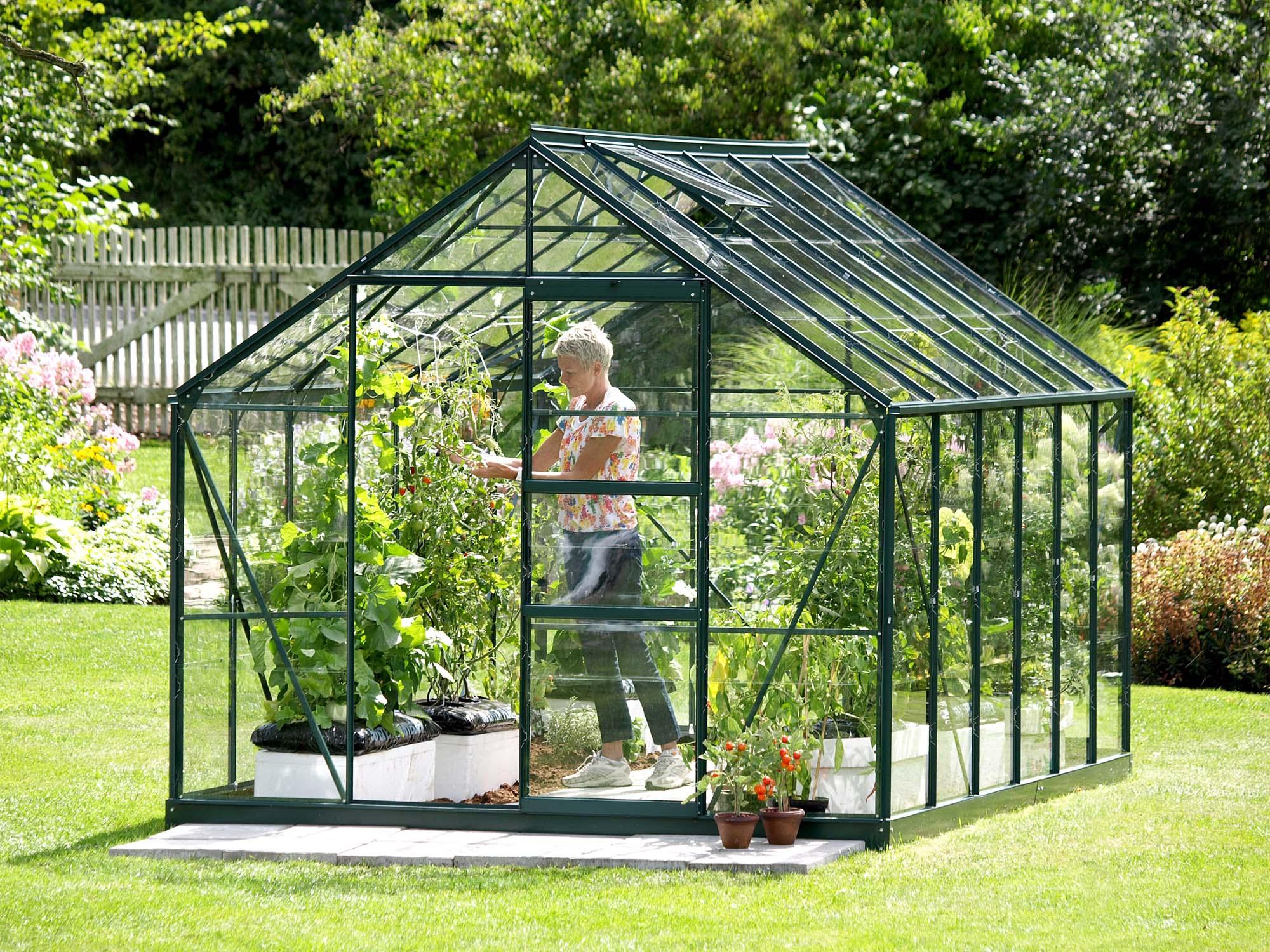 Comment orienter sa serre de jardin et o l 39 installer - Comment choisir une serre de jardin ...